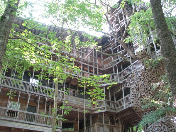 Minister's Tree House - View From The Front